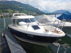 AQUADOR 25 CABIN  Qualitäts-Gebrauchtboot, Top Zustand, Frisch ab MFK Preis: CHF 97.000,-Bodenseezulassung:Nein Jahrgang:2003Breite:2.85 m Angebot:OccasionenLänge:7.70 m Typ:Kabinenboot, Sportboot, Daycruiser, Fischerboot, Hardtop