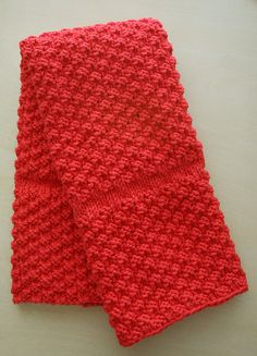 Ravelry: Chili Pepper Red Kitchen Towel pattern by Janet Carlow Dishcloth Knitting Patterns, Loom Knitting, Knitting Stitches, Free Knitting, Crochet Patterns, Crochet Towel, Knit Or Crochet, Crochet Crafts, Crochet Kitchen Towels