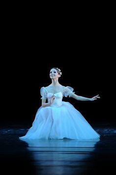 Evgenia Obraztsova # Bolshoi Ballet