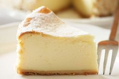 Crock Pot Cheesecake!! http://www.yummly.com/blog/2012/09/crock-pot-cheesecake-and-other-slow-cooker-desserts/