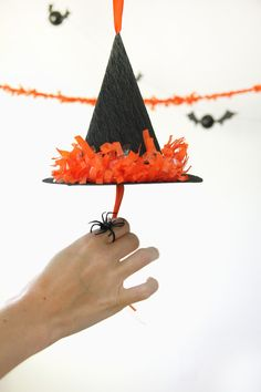The best thing about this craft? It's reusable, so you can bust it out for many Halloween gatherings to come. #Halloween #Craft