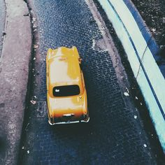 The iconic Kolkata yellow taxi  | amipious | VSCO Grid