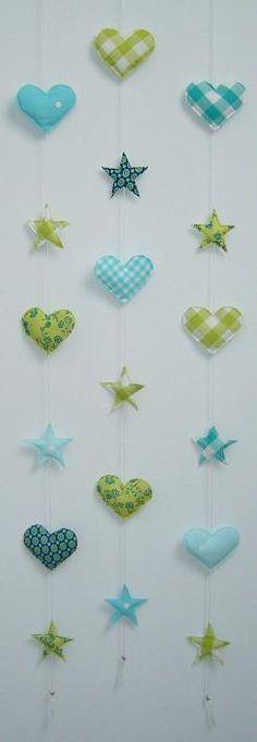hangers van stof blauw groen