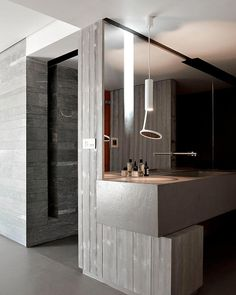 This modern house is a design of Noe Duchaufour Lawrance. He is a French designer and interior architect who complete the project Chalet Beranger. Bad Inspiration, Bathroom Inspiration, Contemporary Interior Design, Bathroom Interior Design, Bathroom Designs, Kitchen Interior, Beautiful Bathrooms, Modern Bathroom, Silver Bathroom
