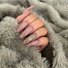 F – acrylic nails - Fancy Dress Party Warst du schon mal bei Homecoming / Prom? F – acrylic nails Fancy Dress Party Warst du schon mal bei Homecoming / Prom? F acrylic nails - Best Acrylic Nails, Acrylic Nail Art, Acrylic Nail Designs, Coffin Acrylic Nails Long, Acrylic Spring Nails, Coral Acrylic Nails, Nude Nails, Glitter Nails, My Nails