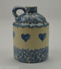 Henn Workshops Crock Jug With Spongeware Blue Hearts - Tall Blue Hosta, Heart In Nature, Rustic Country Kitchens, Cobalt Glass, Country Blue, Traditional Furniture, Love Blue, Heart Jewelry, Pottery Art
