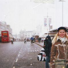 It's snowing in Brighton, UK (GB)