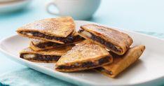 Recipe for super yummy Chocolate and Banana Quesadillas using our Plain Flour Soft Tortillas. Tortilla Wraps, Soft Tortilla, Banana Dessert, Mexican Food Recipes, Ethnic Recipes, Cupcakes, Breakfast Snacks, Santa Maria, Muffin