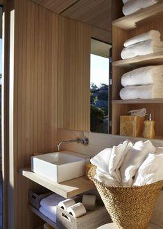 house in Sweden, project by Heiberg Cummings Design cv Sweden House, Cabin Bathrooms, Kristiansand, Summer Cabins, Natural Bathroom, Interior Architecture, Interior Design, Scandinavian Home, Beautiful Bathrooms