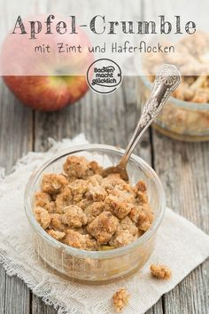 Apple Crumble (Apfel-Crumble) - My list of the best food recipes Desserts Végétaliens, Healthy Dessert Recipes, Yummy Snacks, Baking Recipes, Apple Crumble With Oats, Apple Recipes Homemade, Apple Crisp Recipes, Carmel Apple Recipe, Mel B