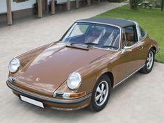 1972 Porsche 911 S 2.4 Targa | Monterey 2014 | RM Sotheby's