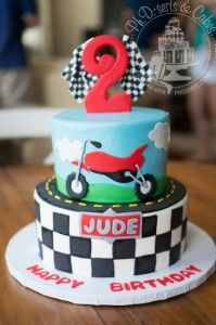 Motorcycle-themed birthday cake for a child's party