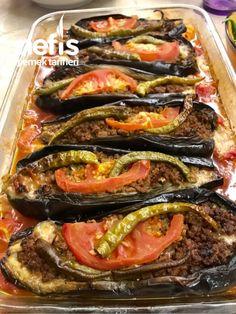Fırın Karnıyarık (Kızartmadan) #fırınkarnıyarık #sebzeyemekleri #nefisyemektarifleri #yemektarifleri #tarifsunum #lezzetlitarifler #lezzet #sunum #sunumönemlidir #tarif #yemek #food #yummy Healthy Soup Recipes, Keto Recipes, Cooking Recipes, Keto Results, Turkish Kitchen, Turkish Recipes, Vegetable Pizza, Good Food, Food And Drink
