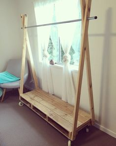 Pallet Clothing Rack by PalletLifeAustralia on Etsy