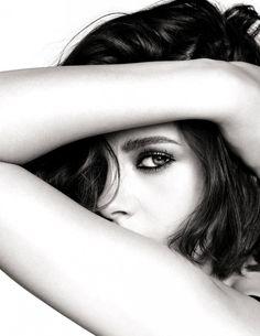 kristen stewart chanel | Kristen Stewart becomes the face of Chanel Makeup | Beauty | FASHION ...