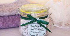 Tea Tree Oil Foot Soak Recipe for Healthy Feet (Anti-fungal) DIY Beauty Base Homemade Foot Soaks, Diy Foot Soak, Homemade Tea, Homemade Beauty, Homemade Recipe, Beauty Base, Diy Beauty, Beauty Spa, Foot Soak Recipe