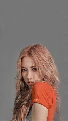 rose look like sunmi a little 😂 but she still pretty🌚 Lisa Blackpink Wallpaper, Rose Wallpaper, Korean Girl, Asian Girl, Rose Pink Hair, Black Pink Kpop, Blackpink Photos, Blackpink Fashion, Jennie