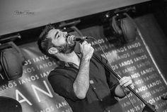 Σκέψεις... Μουσική... Ιστορίες... Τέχνη...: O Δ. Βοζαΐτης στο τελευταίο live του στο Micra Asi...
