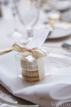 Black Gold Wedding WedLuxe – A Classic Gold and Ivory Wedding With Touches of Spring Macaroon Wedding Favors, Macaroons Wedding, Unique Wedding Favors, Wedding Gifts, Wedding Souvenir, Wedding Decorations, Wedding Doorgift, Party Favors, Shower Favors