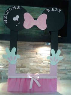 Minnie Mouse Frame Photo Booth by mariscraftingparty on Etsy