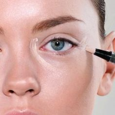 5 Simple Makeup Tricks To Look 10 Years Younger