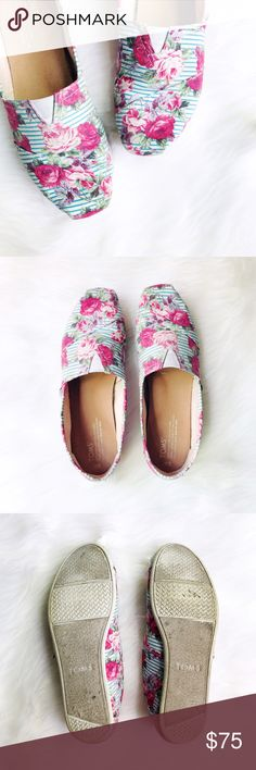 Floral on Stripes Classic Toms Toms classic canvas slide-ons in a super fun, on-trend print. Pattern mixing with floral on canvas! 2016 print no longer available online. This pair is in very good pre-loved condition.  ✅Offers On Items Over $10 ✅Bundle & Save 🚫Trades 🚫Off-Posh 🚫Modeling  💞Shop with ease; I'm a Suggested User.💞 TOMS Shoes