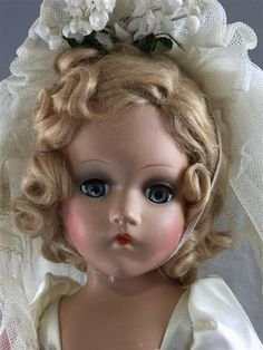 "18"" VINTAGE MADAME ALEXANDER COMPOSITION WENDY ANN BRIDE IN ORIGINAL BOX. HAIR IN ORIGINAL SET, DOLL IS ALL ORIGINAL IN TAGGED GOWN... Old Dolls, Antique Dolls, Vintage Dolls, Vintage Madame Alexander Dolls, Bride Dolls, Dollhouse Dolls, Doll Hair, Collector Dolls, Beautiful Dolls"