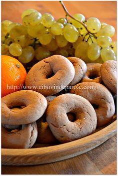 Biscotti greci al mosto…. Greek must cookies