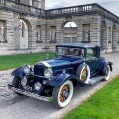 Packard 1932 - Now this is gorgeous! Retro Cars, Vintage Cars, Antique Cars, Classic Trucks, Classic Cars, Classic Style, Posh Cars, Buick, Cadillac