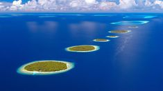 Baa Atoll in the Maldives. The Maldives is an archipelago consisting of islands in the Indian Ocean. Rising sea levels pose a serious threat, because 80 percent of the average height of the Maldives is less than one meter. Hotel Subaquático, Places To Travel, Places To See, Places Around The World, Around The Worlds, Share Pictures, Random Pictures, Amazing Pictures, Lombok