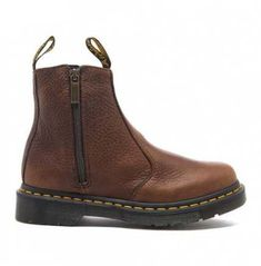 Martens Women's 2976 Chelsea Boots with Zips - Dark Brown - Grizzly.At last, my very own genuine pair of Docs!well, at least when I finish paying them off. Leather Chelsea Boots, Brown Leather Boots, Leather Booties, Brown Boots, Dr. Martens, Dr Martens Boots, Ankle Booties Outfit, Dr Martens Chelsea, Dr Martens Style