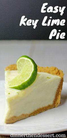 Easy Key Lime Pie with just six ingredients in 15 minutes. A perfect summer dessert thats sweet, tart and buttery! Mini Desserts, Summer Desserts, Easy Desserts, Dessert Recipes, Sweet Desserts, Chocolate Desserts, Dessert Simple, Oreo Dessert, Crackers