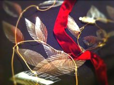 How Cute and easy ! Feathers made from plastic bottles! Use for crafting, jewelry, you name it!