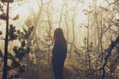 Image discovered by WhatsUp? Find images and videos about girl, photography and nature on We Heart It - the app to get lost in what you love. Story Inspiration, Character Inspiration, Writing Inspiration, Lost In The Woods, Forest Girl, Favim, Hogwarts, Mists, In This Moment