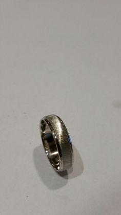 980 platinum mens ring