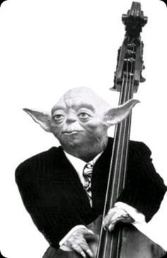 Memes of the Star Wars Prequels. All About That Bass, Star Wars Pictures, Jazz Art, Guitar Stand, Double Bass, Music Humor, Star Wars Characters, Psychobilly, Sound Of Music