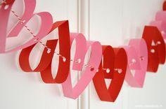 Maak een snelle hartjesslinger voor je lief! #Valentijnsdag #Valentinesday #diy www.moodkids.nl/valentijn
