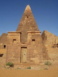 Pirámides de Meroe en Sudán, (antes Egipto)