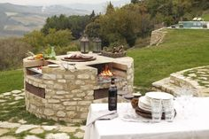 The Borgo di Pietrafitta rental vacation apartments and B&B accommodations in the heart of Chianti offer a panoramic position and many home comforts. Home Comforts, Outdoor Furniture Sets, Outdoor Decor, B & B, Vacation Apartments, Catering, Bbq, Patio, Table Decorations