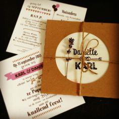 pakketje in de post! #feest #trouwuitnodiging #kraft #stamp #rope
