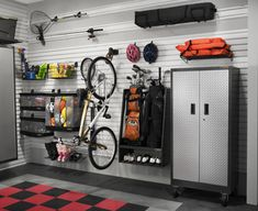 Ideas for garage storage and organization Get your garage in the form of a top organization! Organize your vehicles, outdoor spaces, and everything that goes to your garage with these smart garage … Armoire Garage, Garage Shed, Garage Walls, Garage Cabinets, Garage House, Garage Flooring, Dream Garage, Garage Playroom, Small Garage