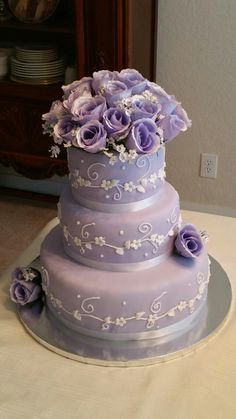 Wedding Cake - 3 tiers White Velvet Cake - Purple with White ribbons