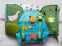 beautiful Russian quiet book with lovely pond creatures! imaginative use of rickrack for seaweed. Diy Quiet Books, Baby Quiet Book, Felt Quiet Books, Silent Book, Sensory Book, Quiet Book Patterns, Creation Couture, Busy Book, Book Activities