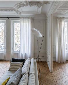 Dreaming of this Paris apartment by @verocotrel • • • • #interior #interiordesign #architecture #interiorinspo #interiorinspiration…