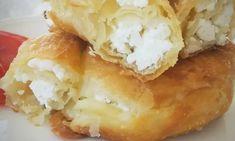Φτιάξτε απλά τυροπιτάκια, με σπιτική, εύκολη και αφράτη-γιαουρτένια ζύμη. Mcdonalds Apple Pie, Spanakopita, Baked Potato, Mashed Potatoes, Cake Recipes, Cheese, Baking, Ethnic Recipes, Desserts