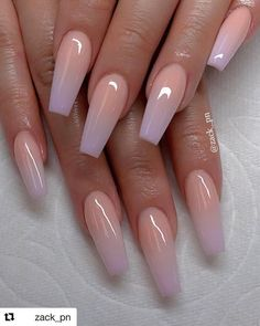 Chic ombre coffin nails designs in summer - acrylic nails - Nagel Design Fabulous Nails, Gorgeous Nails, Amazing Nails, Gorgeous Makeup, Perfect Nails, Nagellack Trends, Nail Polish, Fire Nails, Best Acrylic Nails