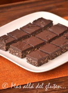 Más allá del gluten...: Brownies sin Hornear con Crema de Chocolate (Receta GFCFSF, Vegana, RAW)