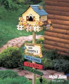 Bird House Kits Make Great Bird Houses Bird Houses Painted, Bird Houses Diy, Fairy Houses, Rustic Garden Decor, Rustic Gardens, Garden Crafts, Garden Projects, Barrel Planter, Bird House Kits