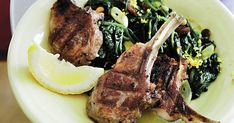 For this dish, it's important to have trimmed 'skinny' lamb cutlets that can be quickly grilled, then eaten with the fingers - hence scottadito - or 'burn-the-fingers'.