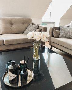 The 136 best Ab auf\'s Sofa images on Pinterest in 2018 | Velvet sofa ...